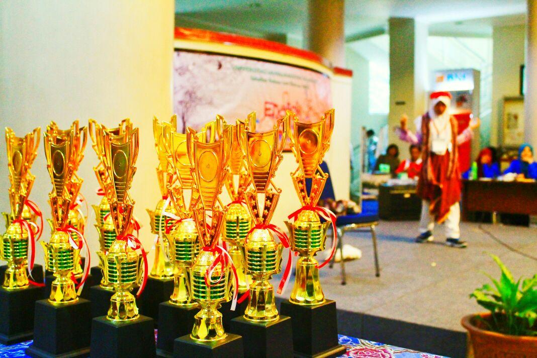 Piala Lomba English Festival